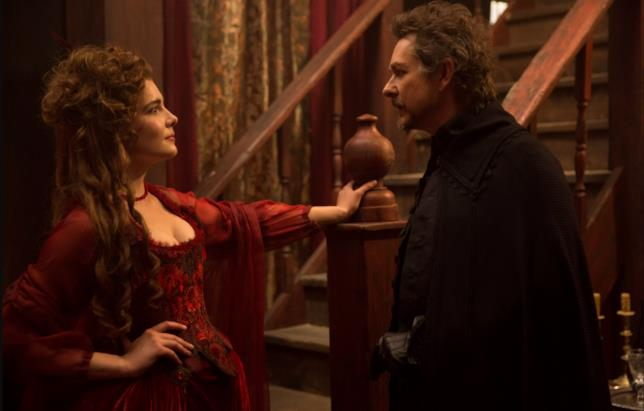 Jeremy Crutchley e Elise Eberle interpretano Hathorne e Mercy Lewis