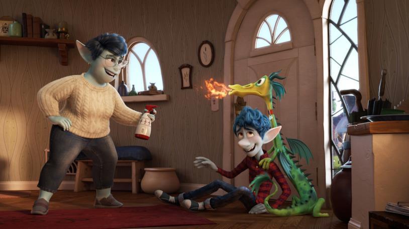 Ian e la mamma in una scena del film