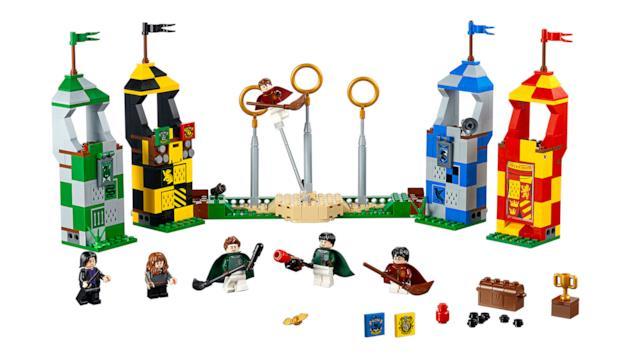 Dettagli del set di LEGO Quidditch Match (La partita di Quidditch)
