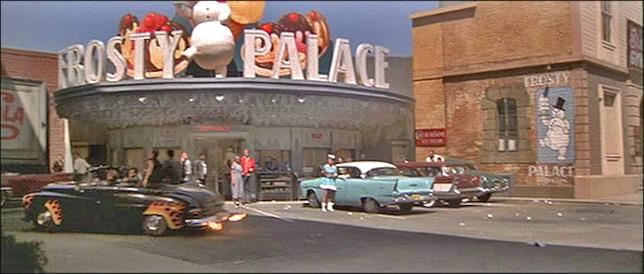 Il Frosty Palace in Grease
