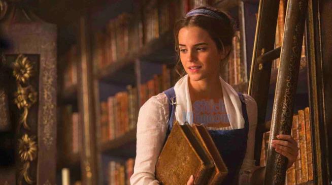 Emma Watson è Belle in La Bella e La Bestia