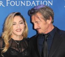 Primo piano di Madonna e Sean Penn