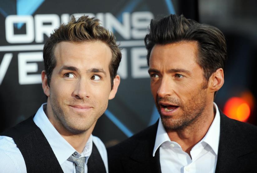 Una foto dell'attore Hugh Jackman con Ryan Reynolds