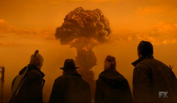 Setrakian e i suoi compagni assistono all'esplosione nucleare