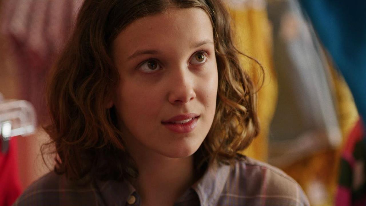 Millie Bobby Brown compie 16 anni: il messaggio contro il cy