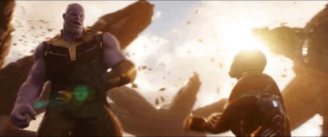 Thanos manda al tappeto Iron Man