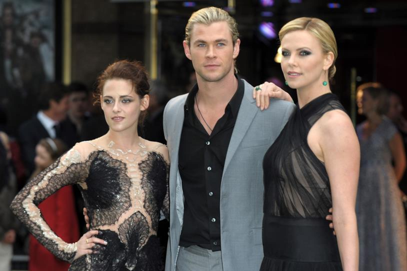 Kristen Stewart, Chris Hemsworth e Charlize Theron