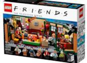 I sei ragazzi protagonisti della serie TV Friends in posa per una foto promozionale