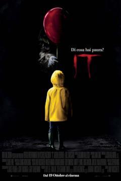 Il poster italiano di It (2017) con Pennywise che offre un palloncino a Georgie