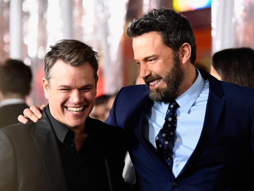 I due sorridenti amici Ben Affleck e Matt Damon