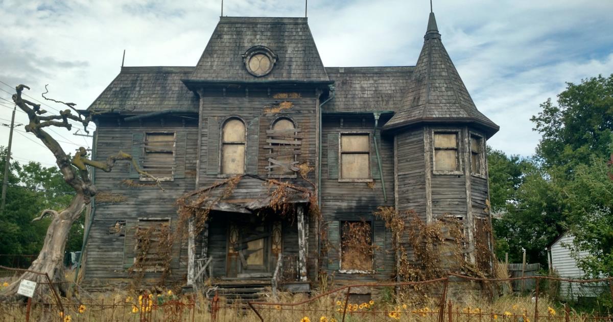 Neibolt House La Casa Di Pennywise Apre Ad Agosto Per