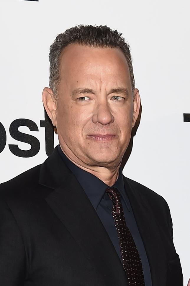 Tom Hanks in primo piano