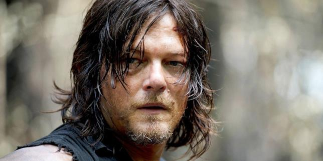 Daryl Dixon è ostaggio di Negan nella premiere della settima stagione di The Walking Dead