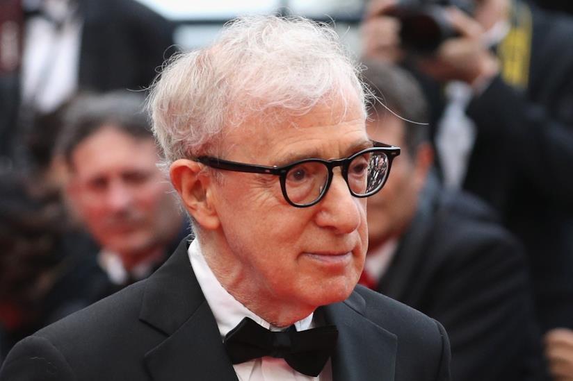 Primo piano di Woody Allen alla première di Café Society