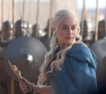 Emilia Clarke nei panni di Daenerys Targaryen in Game of Thrones