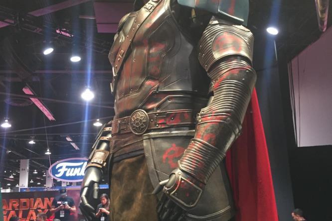 Il costume del Dio del Tuono in Thor: Ragnarock