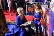 Brie Larson e la piccola Illy alla prima di Captain Marvel