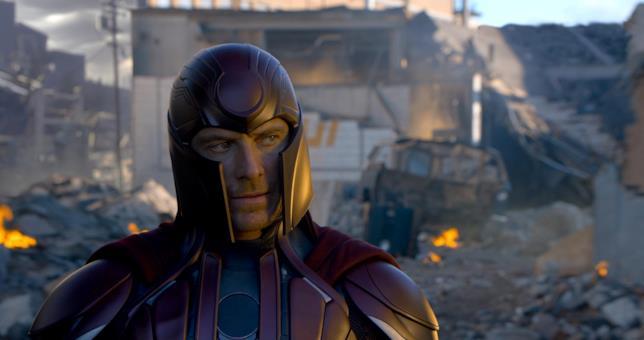 Michael Fassbender nei panni di Magneto in X-Men: Apocalisse