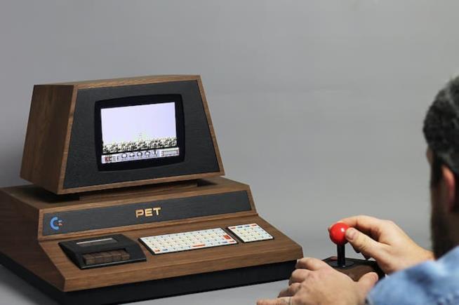 Un giocatore utilizza il PET De Lux creato da Love Hultén