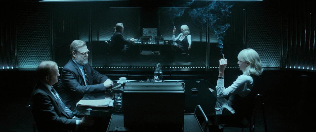 la scena dell'interrogatorio
