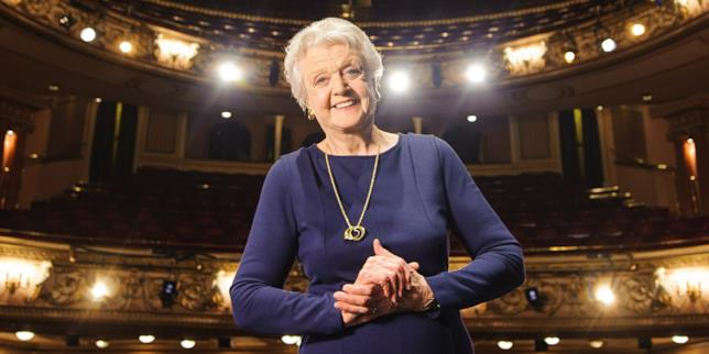 L'attrice Angela Lansbury in Piccole Donne?
