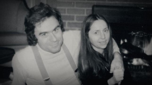 Ted Bundy insieme a Elizabeth Kloepfer