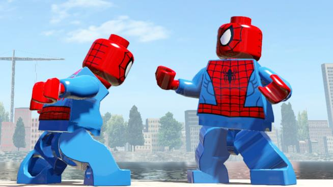 Spider-Man vs. Spider-Man in una sequenza del primo LEGO Marvel Super Heroes