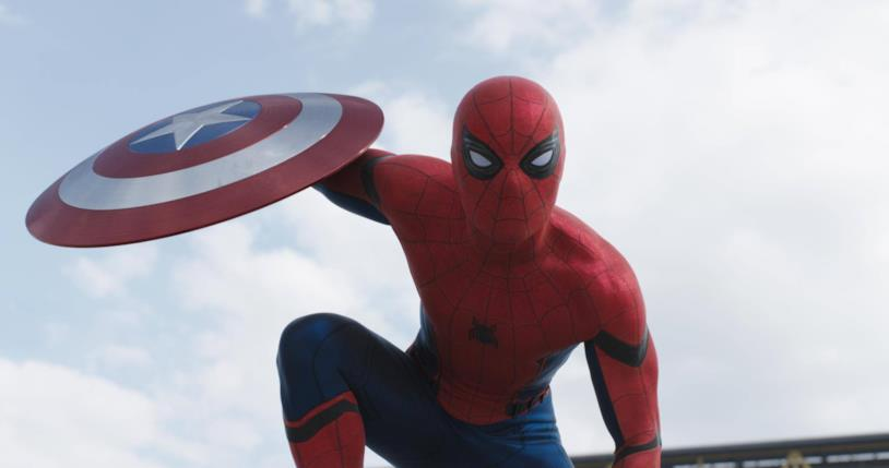 Primo piano di Spider-Man in una scena di Captain America: Civil War