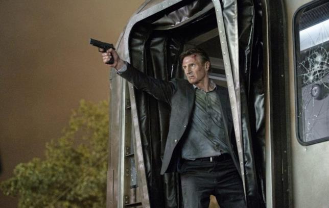 Liam Neeson pronto a sparare