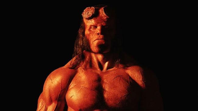 David Harbour nel ruolo di Hellboy