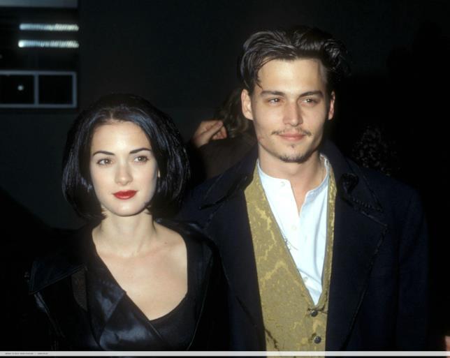Primo piano di Winona Ryder e Johnny Depp ai tempi della loro storia