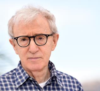 Woody Allen in primo piano