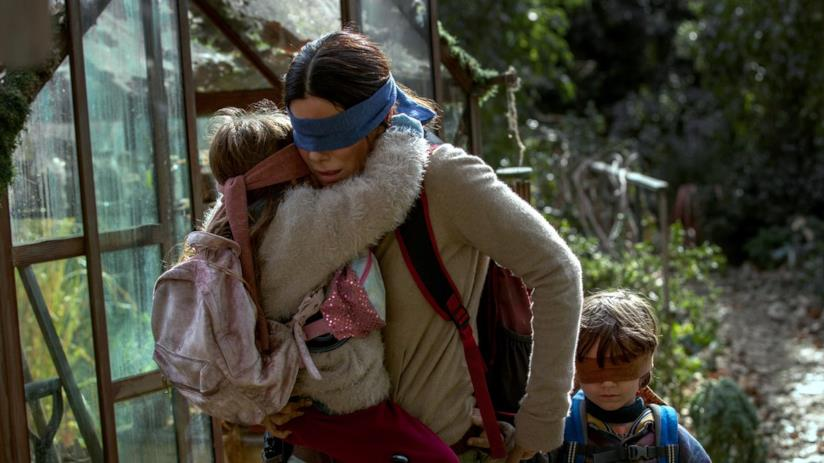 Bird Box, un'immagine dal film con Sandra Bullock