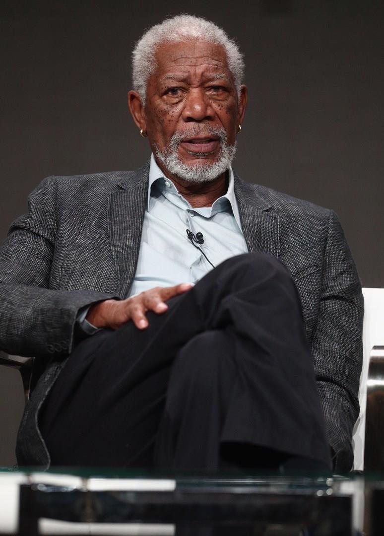 Morgan Freeman in primo piano