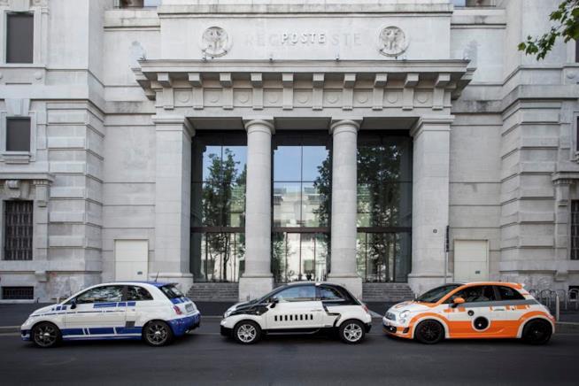 Le auto a tema decorate per lo Star Wars Day 2016 in Italia