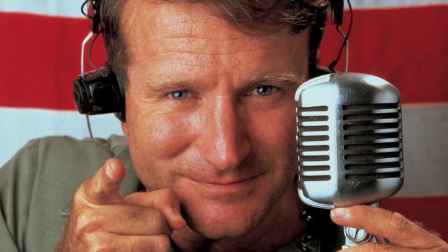 Robin Williams è il disc-jockey Adrian Cronauer in Good Morning, Vietnam