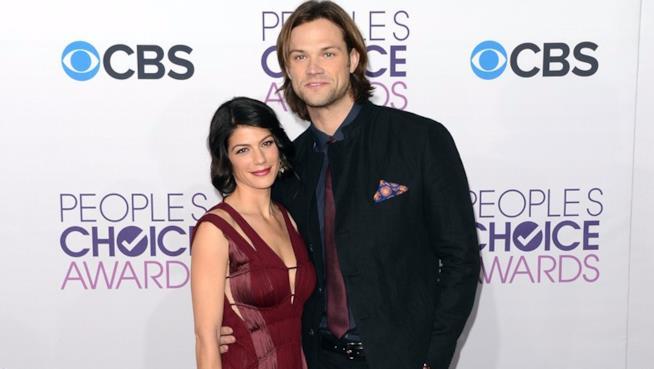 Jared Padalecki e la moglie Genevieve Cortese ai People's Choice Awards