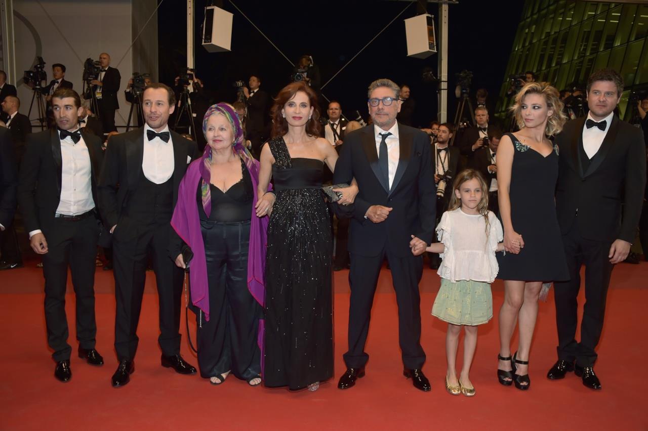 Il cast di Fortunata ha rappresentato l'Italia sul red carpet di Cannes 70