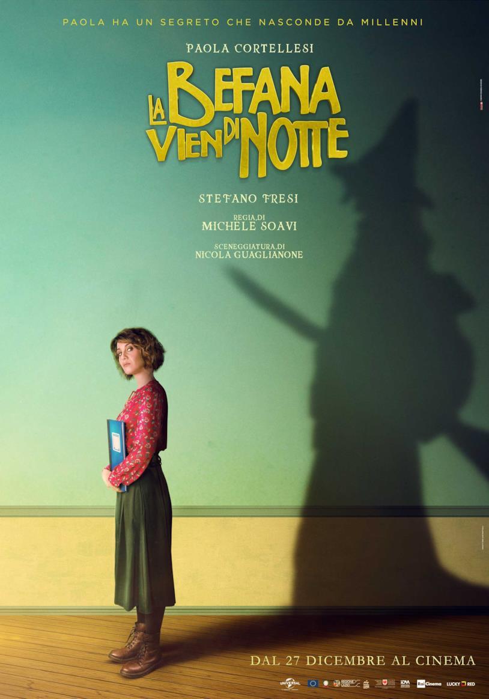 Il poster del film La befana vien di notte