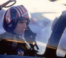 Tom Cruise sul set del primo Top Gun