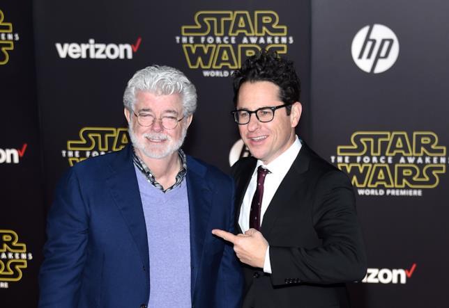 George Luca e J. J. Abrams alla premier di Episodio VII