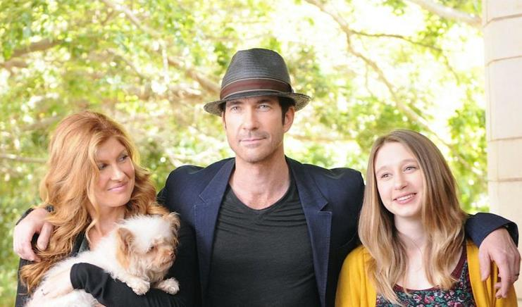 American Horror Story: Apocalypse. Connie Britton e Dylan McDermott sul set
