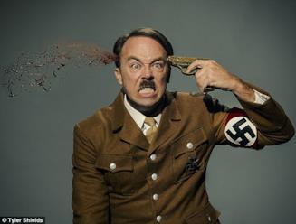 Servizio fotografico su Hitler di Tyler Shields