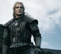 Henry Cavill è Geralt nella serie dedicata a The Witcher