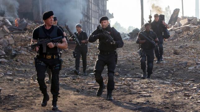 Sylvester Stallone, Jason Statham, Antonio Banderas, Dolph Lundgren, Wesley Snipes e Randy Couture