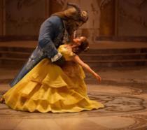 La Bella e la Bestia danzano nelle immagini del live-action Disney