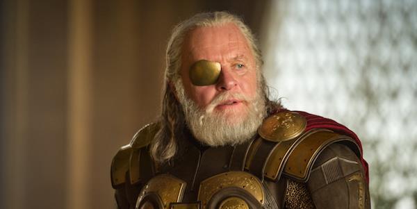 Anthony Hopkins nel ruolo di Odino