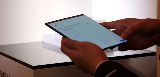 Screenshot dal video di presentazione di Huawei Mate X