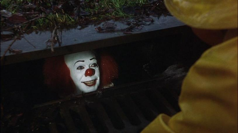 Pennywise in agguato nelle fogne