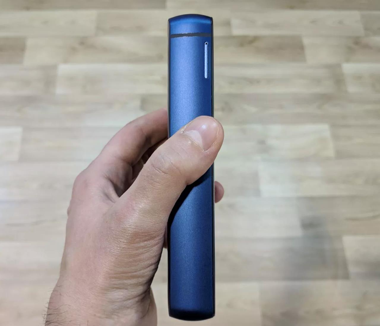 Foto del nuovo smartphone di Energizer scattata al MWC2019 (3)